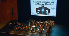 Ciné-concert, accompagné par l'Orchestre national de Lyon dirigé par Carl Davis