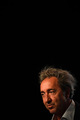 <span style='display:inline-block; background-color:#DF071E; width: 100%;padding:5px;'>Rencontre avec Paolo Sorrentino</span>