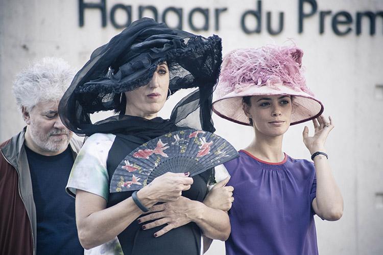 Tournage Sortie d'usine - Rossy De Palma et Bérénice Bejo
