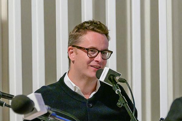 Nicolas Winding Refn - Radio Lumière