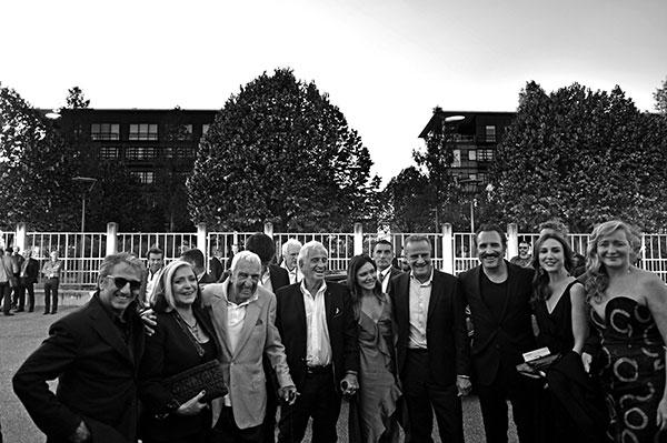 Richard Anconina, Françoise Fabian, Charles Gérard, Jean-Paul Belmondo, Christophe Lambert, Jean Dujardin, Elsa Zylberstein & Julie Ferrier