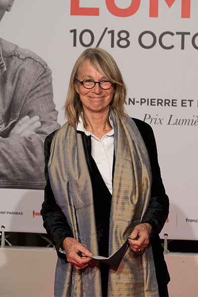 <span style='display:inline-block; background-color:#DF071E; width: 100%;padding:5px;'>Françoise Nyssen</span>