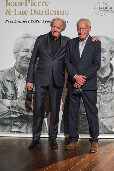 <span style='display:inline-block; background-color:#DF071E; width: 100%;padding:5px;'>Jean-Pierre et Luc Dardenne</span>