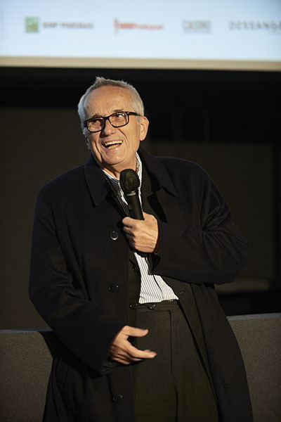 <span style='display:inline-block; background-color:#DF071E; width: 100%;padding:5px;'>Marco Bellocchio</span>